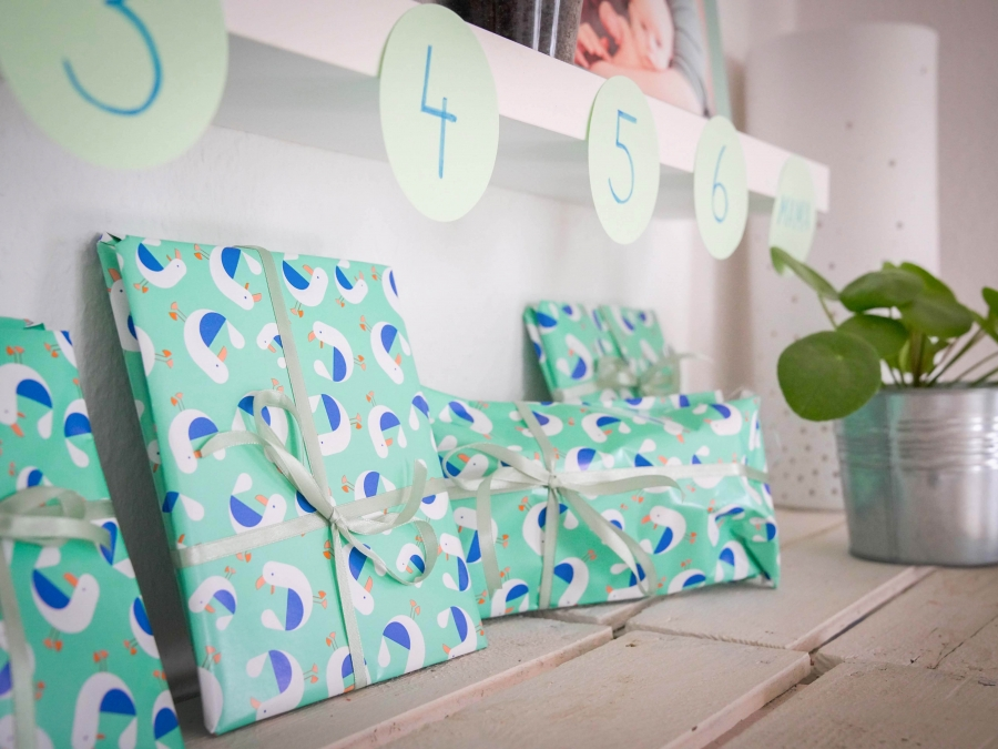 wann kommt mama wieder unser countdown kalender. Black Bedroom Furniture Sets. Home Design Ideas